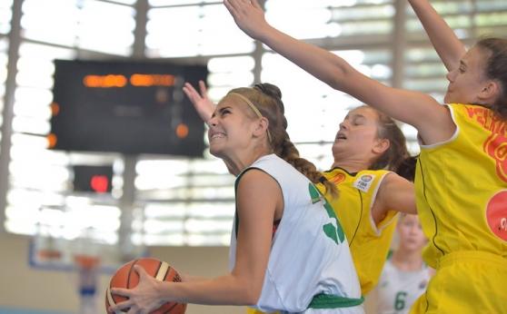 Първи загуби за баскетболистките ни U15 в Скопие