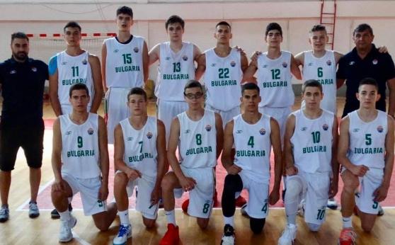 България U15 игра силно с Турция, но загуби два мача в Скопие