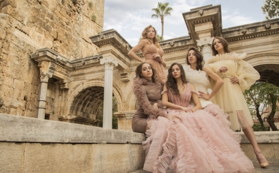 Златните момичета с нова фотосесия в Анталия