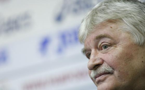Емил Данчев: Радващо е, че се дава шанс на младите, но само с тях не става