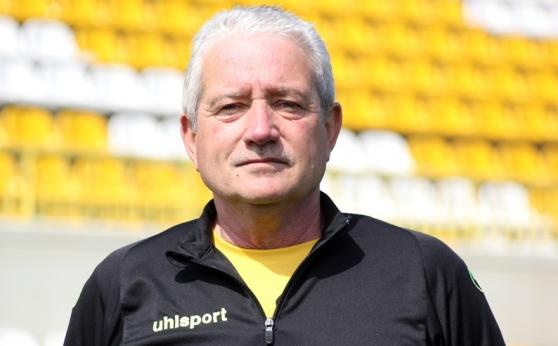 Ферарио Спасов: Никола Илиев трябва да играе още в Ботев