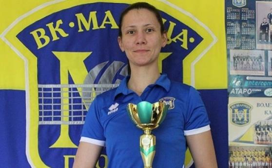 Дъщеря на европейска шампионка поема девойките U19