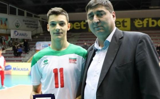 17-годишният Александър Николов в състава на България за европейската квалификация в Израел