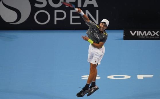 Адриан Андреев е във финалната осмица в Анталия