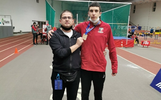 Мартин Димитров подобри националния рекорд на 200 м при момчетата U16