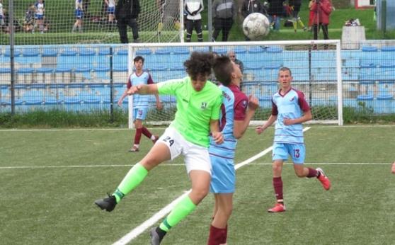 Зрелищен мач и излишни нерви между Национал и Ботев 57 в зоналното първенство при децата