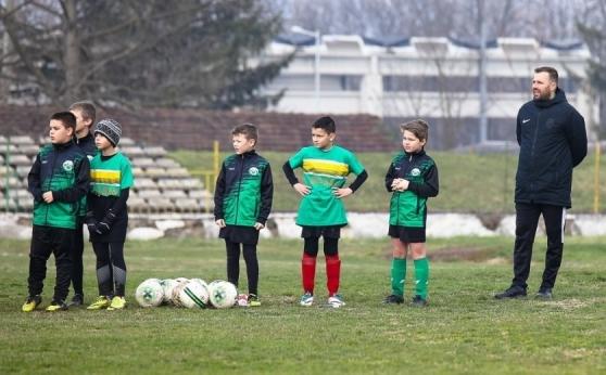 Футболният треньор Николай Николов: Чувството да гледаш как едно дете се развива пред очите ти е невероятно