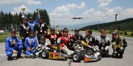 Aкадемията за млади пилоти проведе първи състезания