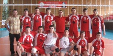 Виктория и ЦСКА определят шампиона при момчетата