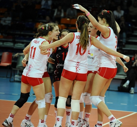 Турция развива волейбола чрез средно спортно образование
