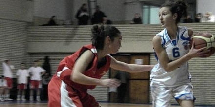 И финалите при девойките (U18) ще са в София
