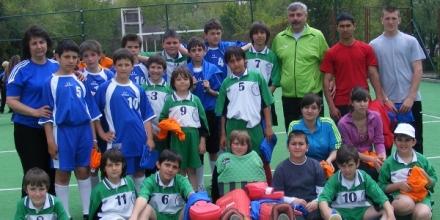 Над 60 деца участваха във фест на хокея на трева