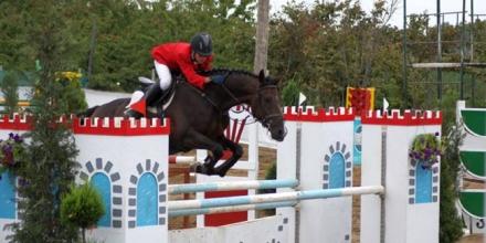 В конния спорт откриват сезона с прескачане