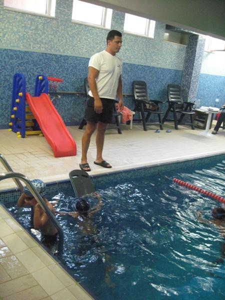 Плувни емоции в клуб Олимп