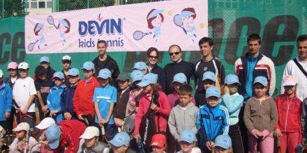 """Севлиево приема следващия кръг от """"Devin Kids Tennis"""""""