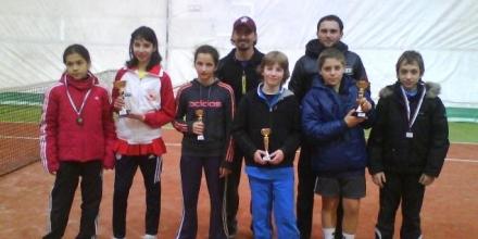Димитров и Николаева шампиони при 12-годишните