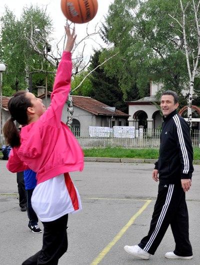 """Един час на Георги Младенов в """"Хаджи Димитър"""""""