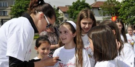 80 деца обикнаха спорта с Тереза Маринова