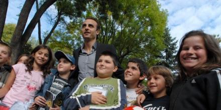 Бербо и приятели канят децата на спорт