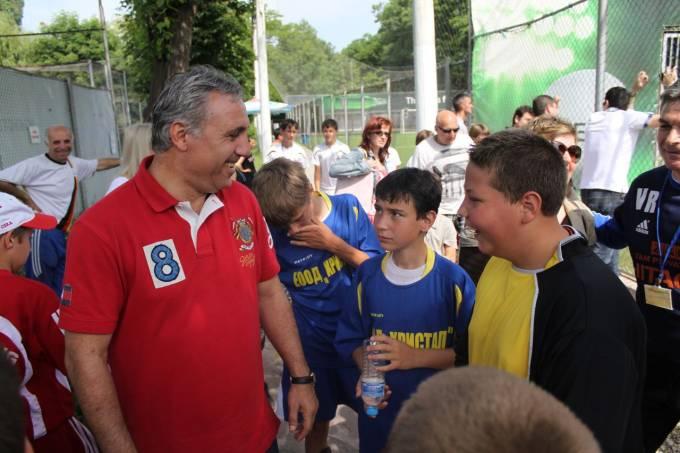 Христо Стоичков: Искам Академията ни да е за образец